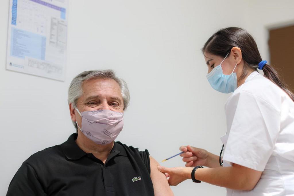 [VIDEO] El presidente Alberto Fernández recibió la primera dosis de la vacuna Sputnik V