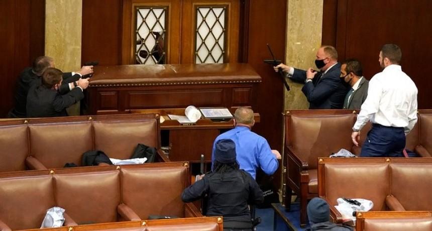 Tensión en Washington: el Congreso reanudó la sesión especial para certificar la victoria de Joe Biden