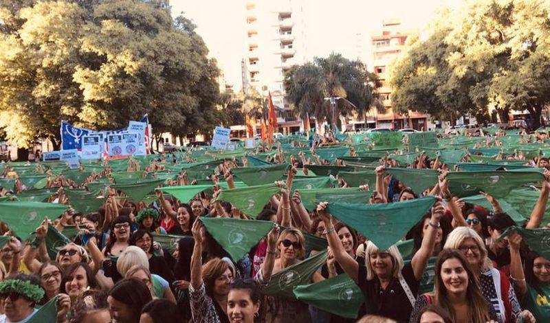 Entró en vigencia la ley del aborto legal en Argentina