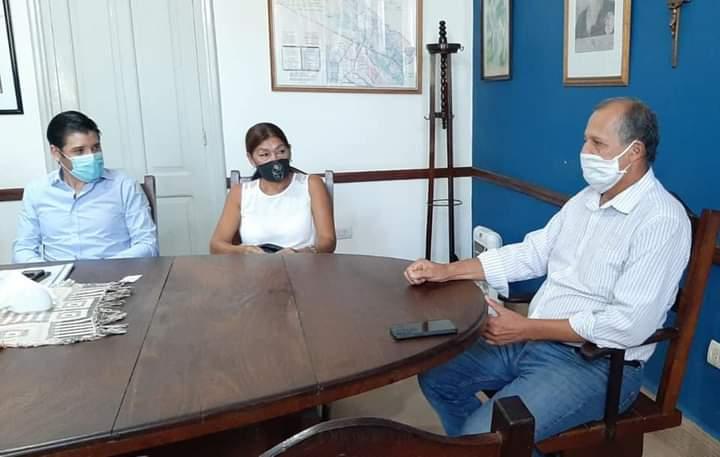 Villa Angela: EL INTENDENTE PAPP RECIBIÓ A VOCAL DEL IPDUV PARA ANALIZAR EL PROYECTO DE VIVIENDAS PARA DOCENTES
