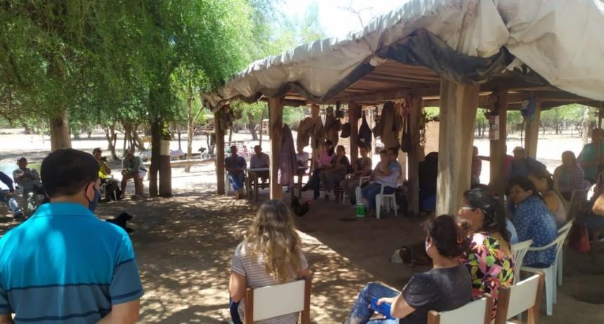 EL GOBIERNO ACERCA SOLUCIONES A PRODUCTORES DE PUEBLOS ORIGINARIOS Y CRIOLLOS DE EL IMPENETRABLE