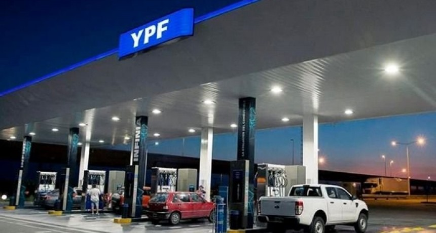 En pleno congelamiento, subieron varios centavos los precios de las naftas YPF