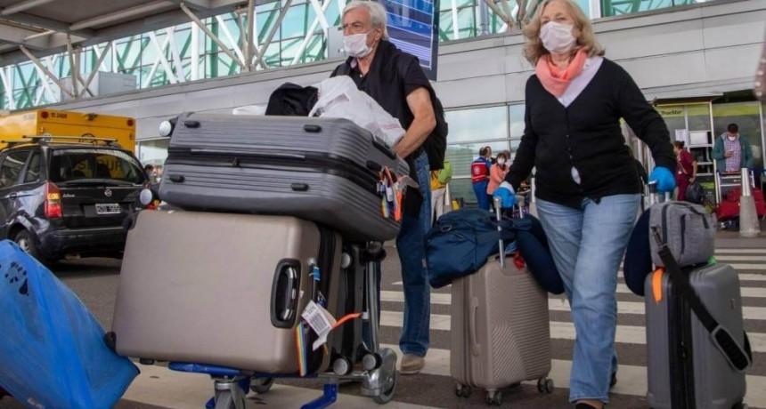 30 mil argentinos viajaron al exterior luego de declararse la pandemia