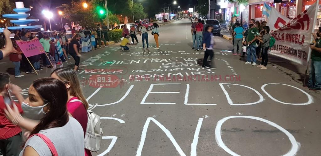 Gremios docentes rechazan la advertencia de Gobierno sobre descuentos por días de paro