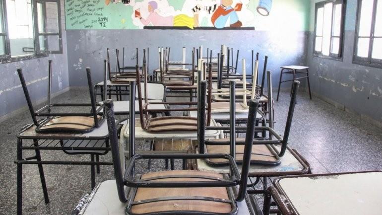 Trotta evalúa la vuelta a clases después de las vacaciones de invierno