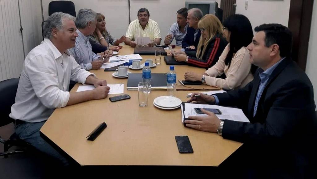 DIPUTADOS UCR: OJALA EL CRÉDITO NO CORRA LA MISMA SUERTE QUE OTROS Y LLEGUE A LOS AFECTADOS POR LAS INUNDACIONES