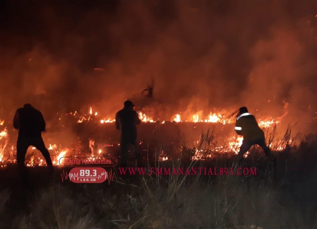 Villa Ángela: Nuevos incendios provocados en la ciudad, provocan alerta y malestar en los vecinos.
