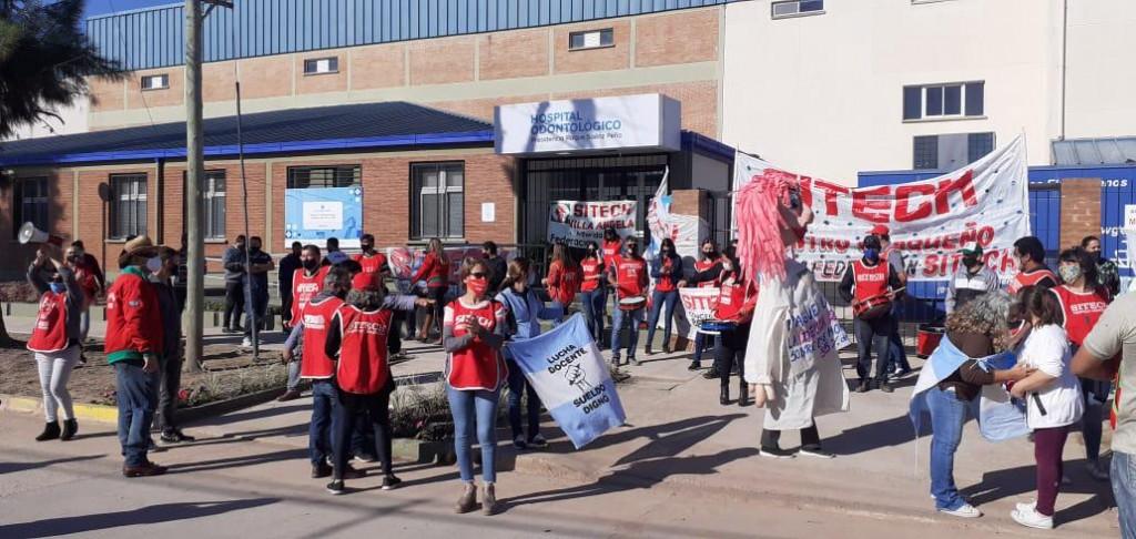 Federación Sitech repudia los descuentos a los docentes y vuelve al paro