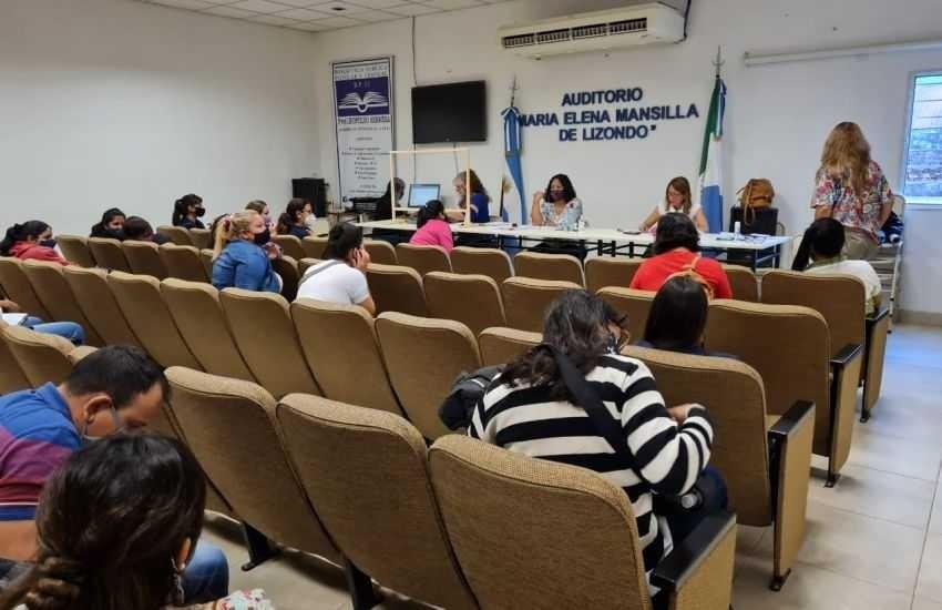 GRAN EXPECTATIVA DEL PERSONAL EDUCATIVO POR LAS VACANTES: Se concretó el primer acto presencial de designación de cargos docentes del Nivel Primario