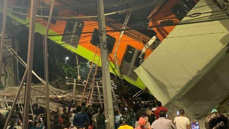 23 muertos en México tras el desplome de un puente