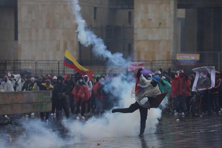 Qué está pasando en Colombia y por qué no ceden las protestas