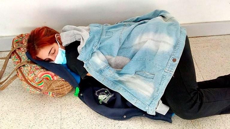 La muerte de Lara Arreguiz y la dolorosa foto que muestra el peor rostro de la pandemia en Argentina