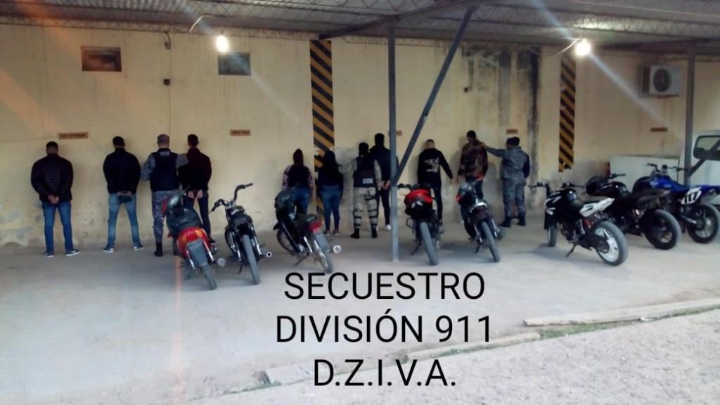 Villa Angela: PERSONAL POLICIAL DETUVO A LOS WILEROS DEL ACCESO NORTE