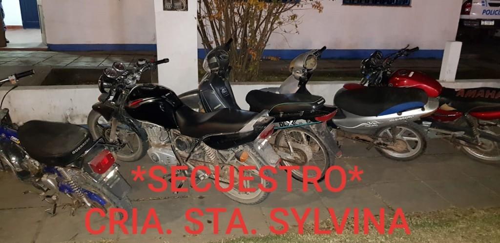 Santa Sylvina: PERSONAS REUNIDAS EN UN LOCAL BAILABLE CON MÚSICA FUERTE FUERON SANCIONADAS POR VIOLAR EL AISLAMIENTO SOCIAL, PREVENTIVO Y OBLIGATORIO