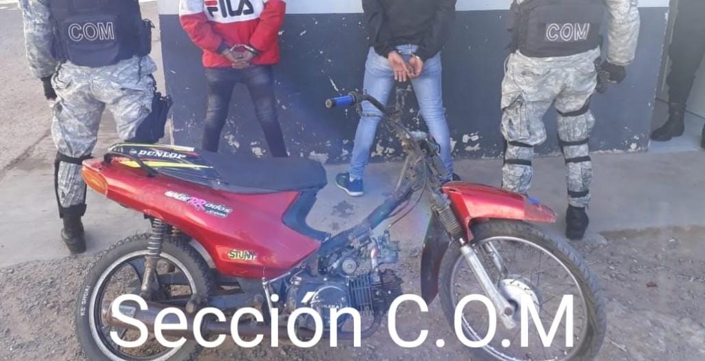 Villa Ángela: OPERATIVO DE LA SECCIÓN COM RECUPERÓ UNA MOTO CON PEDIDO DE SECUESTRO DEL 2018