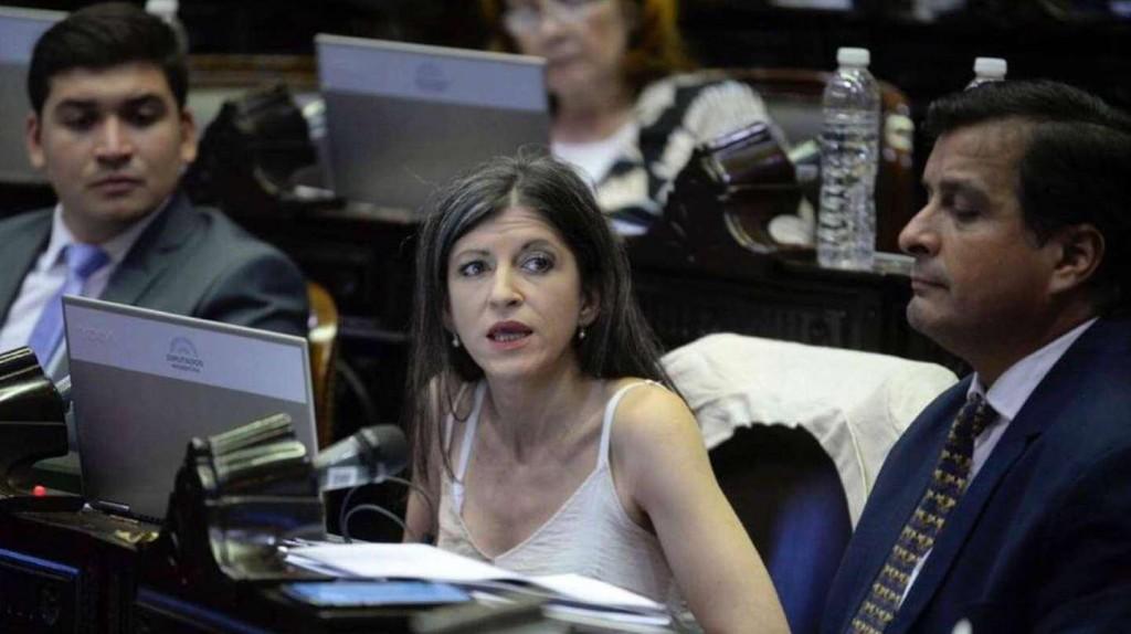 """Diputada oficialista justificó el aumento a empleados del Congreso: """"Tenemos el salario más bajo de la región"""""""