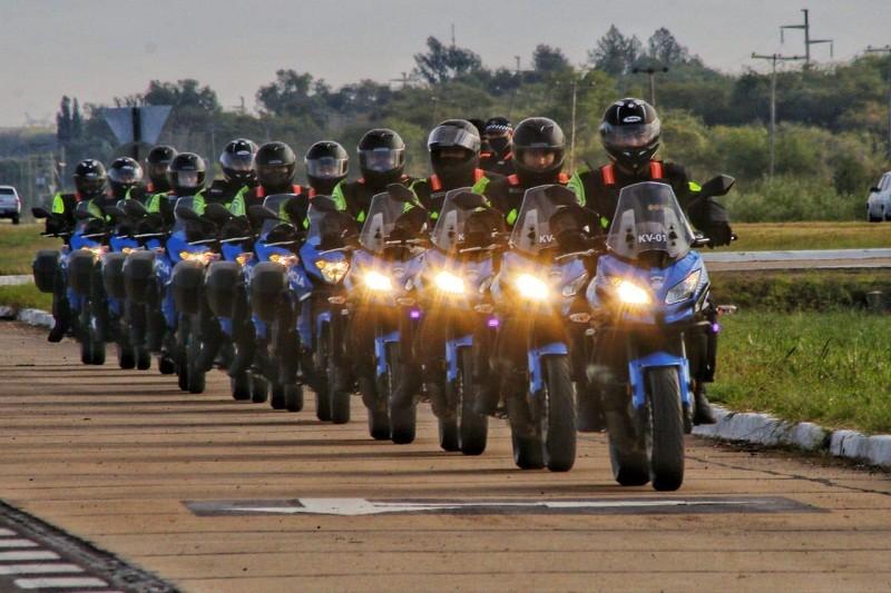 En el Día de la Seguridad Vial - Presentan la patrulla motorizada y entregan 12 vehículos