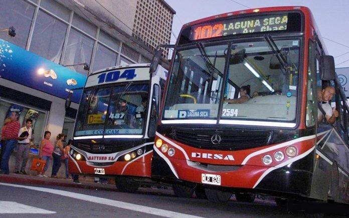 Nación trabaja en un aumento del 30% en los subsidios al transporte de pasajeros del interior