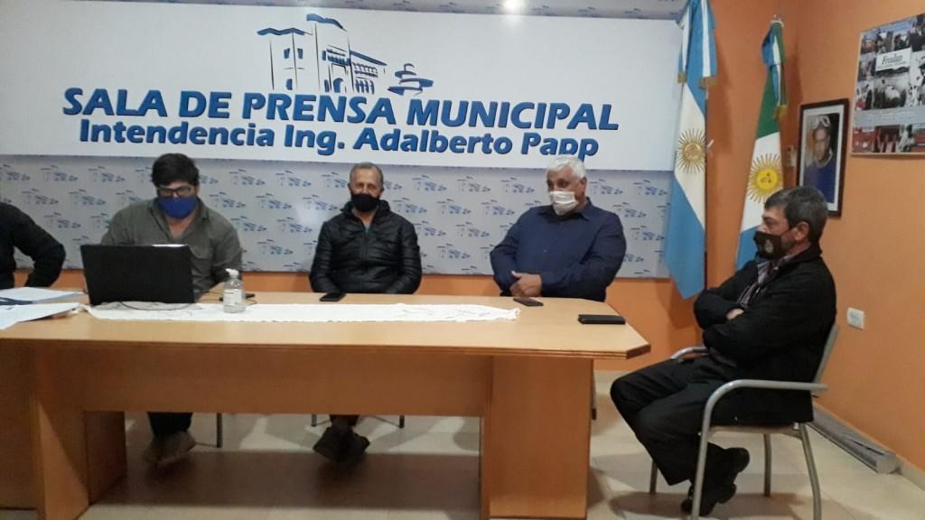 Villa Ángela: EN REUNIÓN DE COMISIÓN DE EMERGENCIA AGROPECUARIA, SE PRESENTÓ AL NUEVO DELEGADO DEL MINISTERIO DE LA PRODUCCIÓN