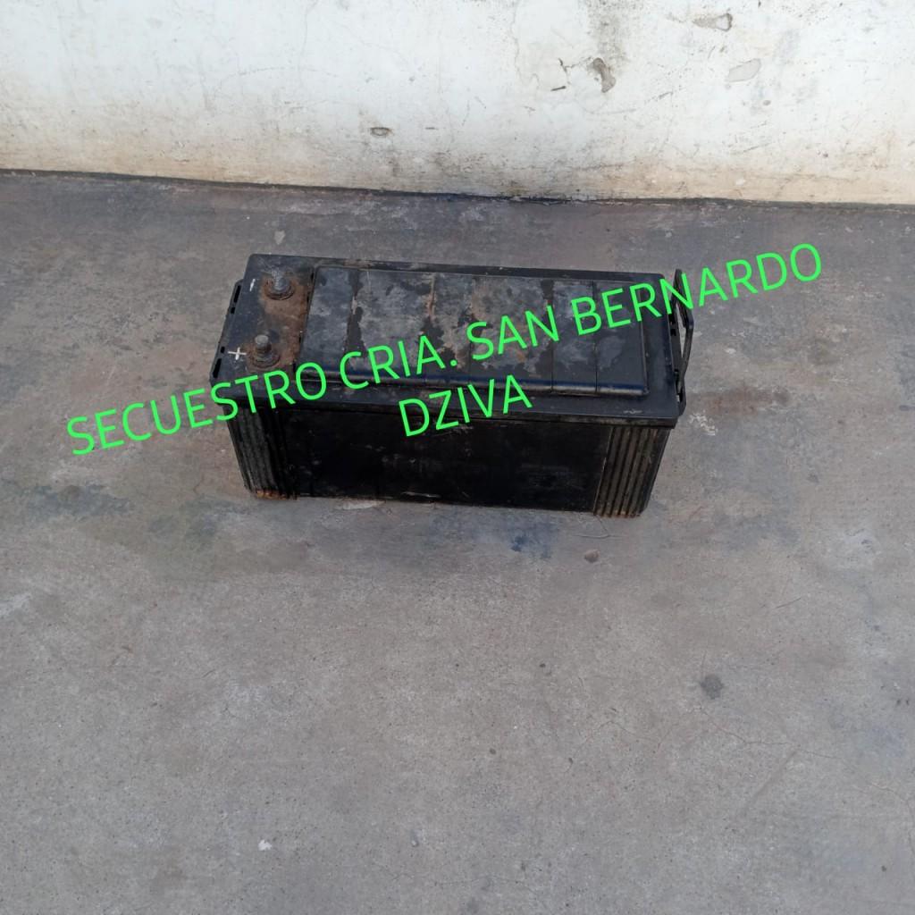 San Bernardo: DETIENEN A UN MENOR DE 16 AÑOS POR EL SUPUESTO HURTO DE UNA BATERÍA DE 180 amp.