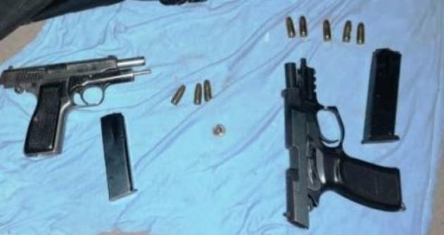 Disparos y persecución en Resistencia: un policía se salvó gracias al chaleco antibalas