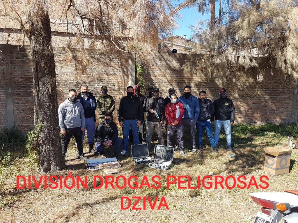 Villa Ángela: TRAS ALLANAMIENTOS, APREHENSIONES Y SECUESTRO DE COCAÍNA, DINERO Y MARIHUANA LOGRAN DESBARATAR UN BUNKER DE DROGAS