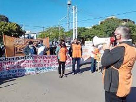 Se profundiza el conflicto en Salud Pública: trabajadores van al paro por 72 horas