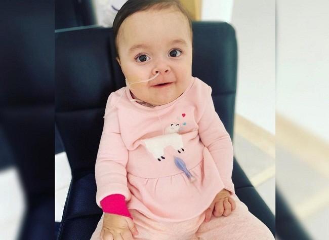 A meses de su tratamiento, Emmita avanza favorablemente: