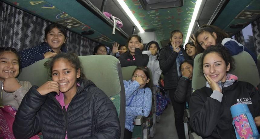 Articulado por la URS – Alumnos de Villa Ángela participan de la Instancia Zonal de los Juegos Nacionales Evita de Atletismo en Santa Sylvina