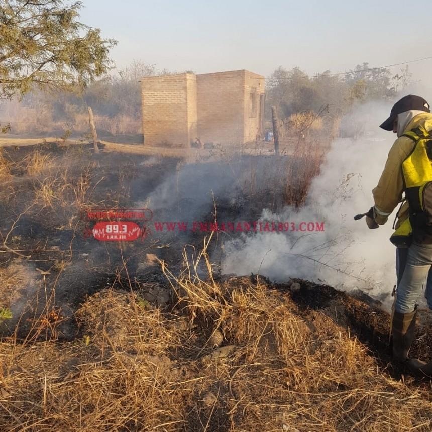 Villa Ángela: BOMBEROS INTERVINO EN UN INCENDIO ESTA TARDE EN CALLE FORMOSA
