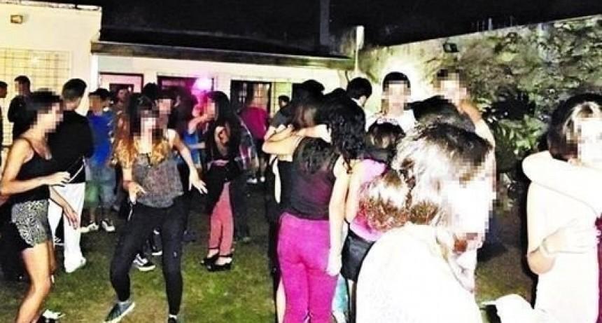 Villa Berthet: EL DÍA DOMINGO EL PERSONAL POLICIAL DESARTICULÓ DOS FIESTAS CLANDESTINAS DE MÁS DE 30 PERSONAS