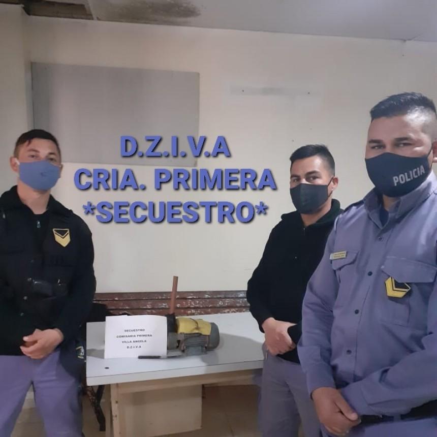 Villa Ángela: PERSONAL DE COMISARÍA PRIMERA LOGRA EL RECUPERO DE UNA BOMBA DE AGUA TRAS DIVISAR A DOS SOSPECHOSOS EN MOTO