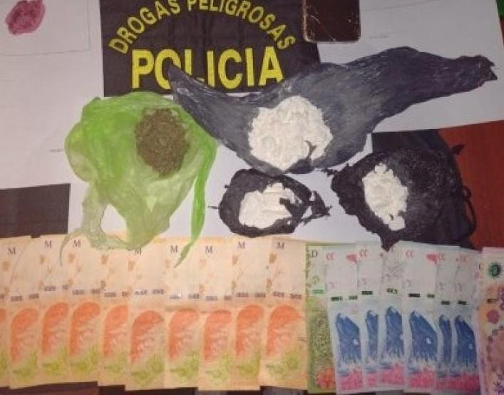 Allanaron un búnker de venta de droga en Sáenz Peña y secuestraron más de 100 gramos de cocaína