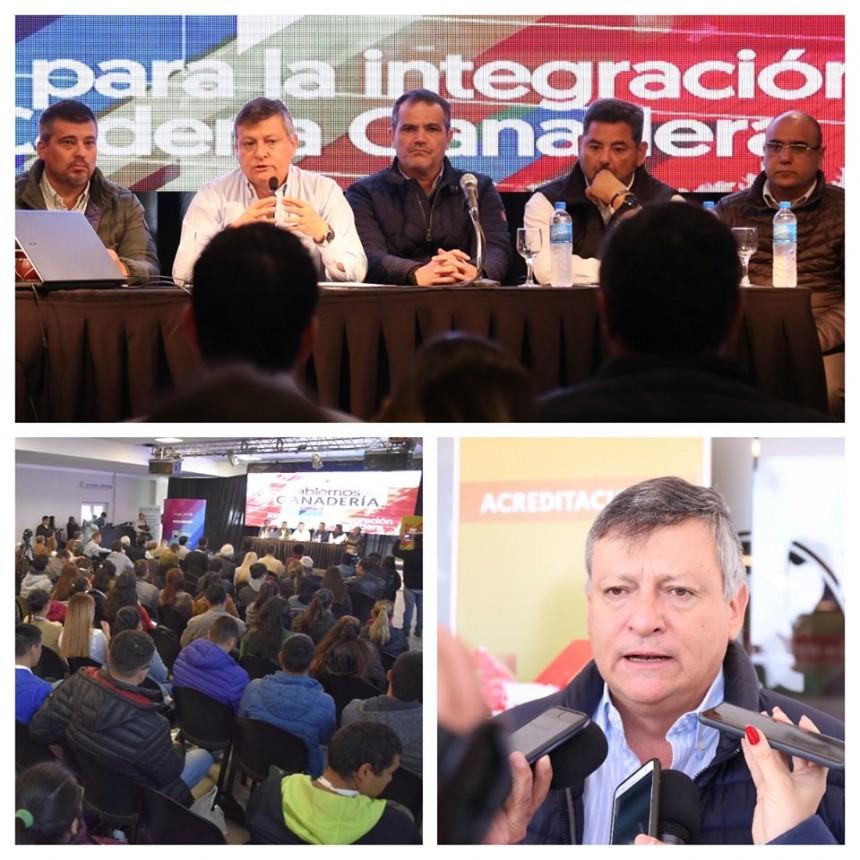 Aldo Almirón Acompañó al gobernador Domingo Peppo en la Apertura de la Segunda Edición de la Jornada ´´Hablemos de Gandarería´´