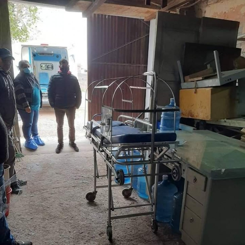 Villa Ángela: SE COMENZÓ A FABRICAR UNA CÁPSULA DE TRASLADOS PARA PACIENTES CRÍTICOS DE COVID-19