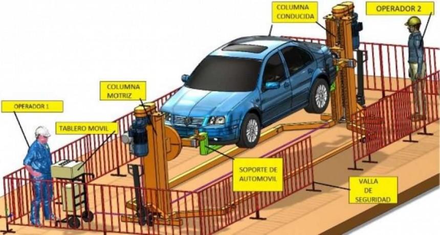 Estudiantes chaqueños diseñaron un versátil e innovador simulador de vuelco para vehículos