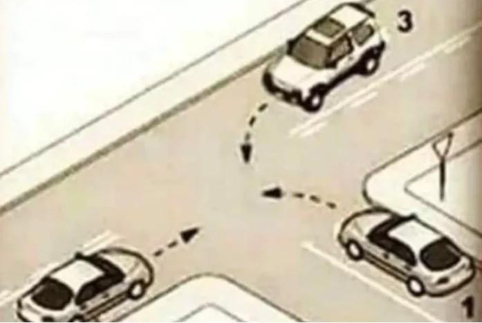 Viral: ¿Qué Auto debe pasar Primero? La Respuesta de Seguridad Vial