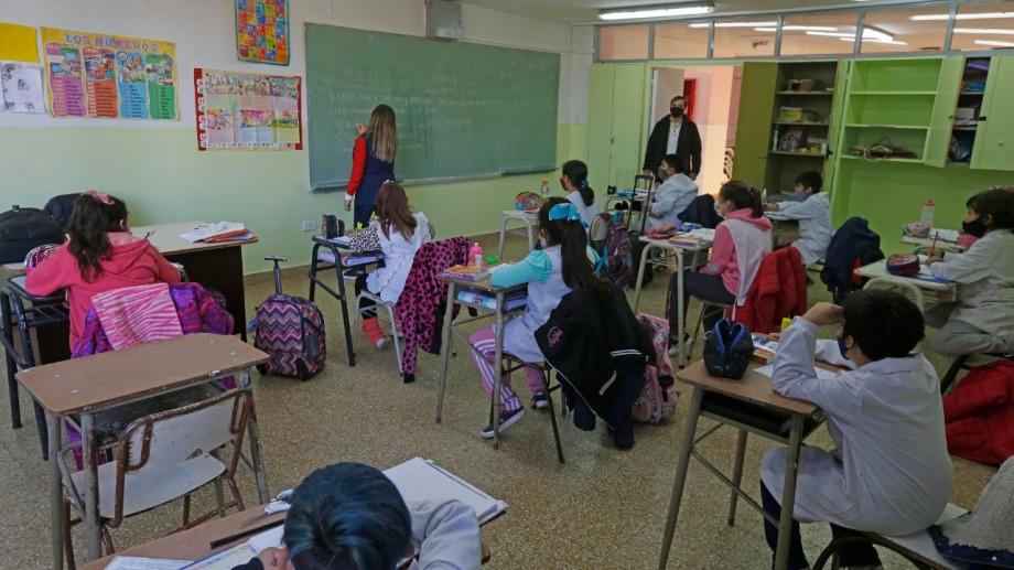 La próxima semana habrá presencialidad plena en todas las escuelas de la provincia