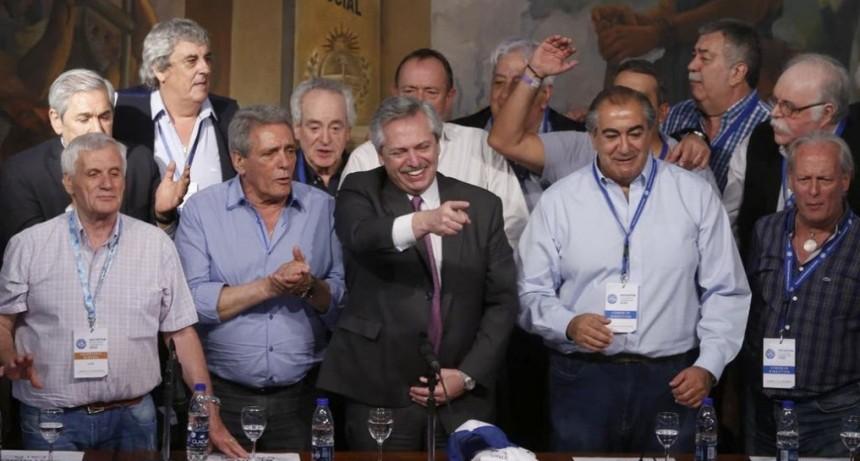 17 de octubre: Alberto Fernández encabezará una demostración de fuerza peronista, después del banderazo opositor