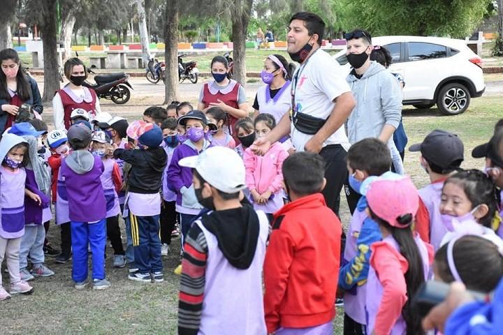 Villa Ángela: La Municipalidad Dio Inicio a los Campamentos para Jardines de Infantes en el Camping Municipal