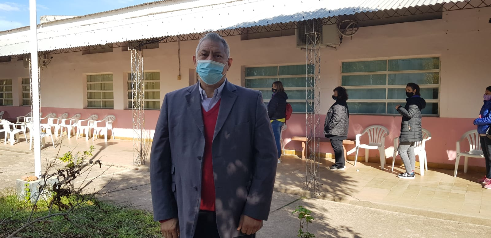 El Dr. Raul Fernández Saluda a las Madres en este día Especial