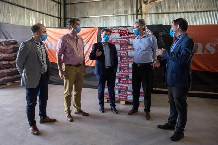 El gobernador inauguró la planta de alimentos balanceados del Grupo Insuga en Puerto Tirol