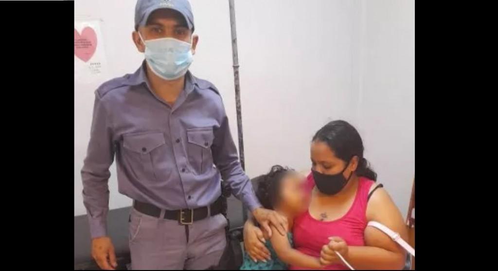 Resistencia: Policías socorrieron a un niño que convulsionaba