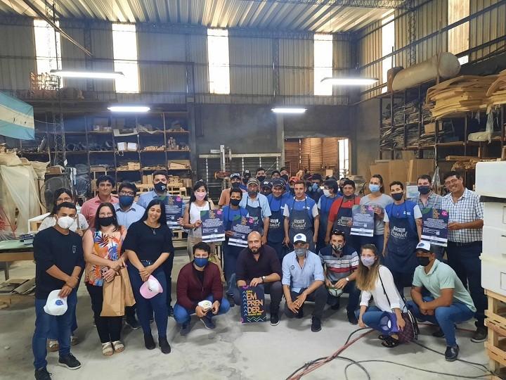 VILLA ÁNGELA: La FECHACO Joven entregó reconocimientos a dirigentes empresarios